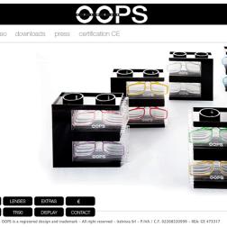www.oops-eyewear.com